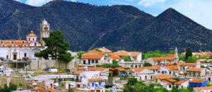 http://villa-u-mare.ru/apartamenty/staryj-dobryj-kipr