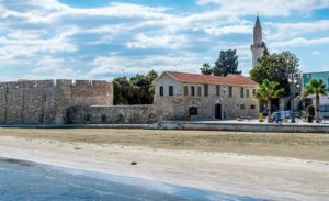 Прогулка по гостеприимной Ларнаке на Кипре.